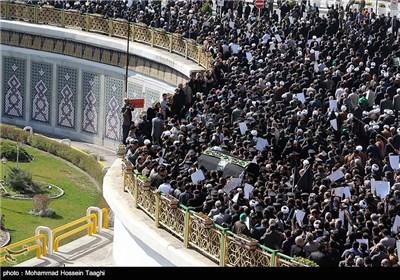 مراسم تشییع آیت الله واعظ طبسی در مشهد -2