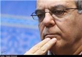 گفتگو با عباس عبدی: مسئولان دولتی از ثبتنام فرزندانشان در مدارس غیرانتفاعی منع شوند/ تمام جامعه از نابرابری آموزشی ضربه شدید میخورد