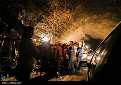 المراحل الأخیرة لأکبر نفق جنوب البلاد فی محافظة لامرد