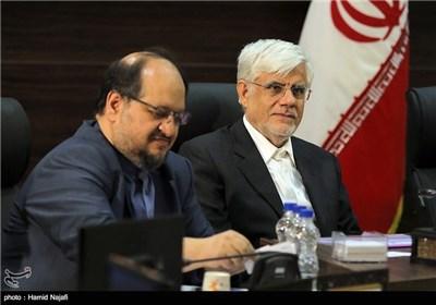 مخمد رضا عارف در سفر رئیس جمهور به یزد