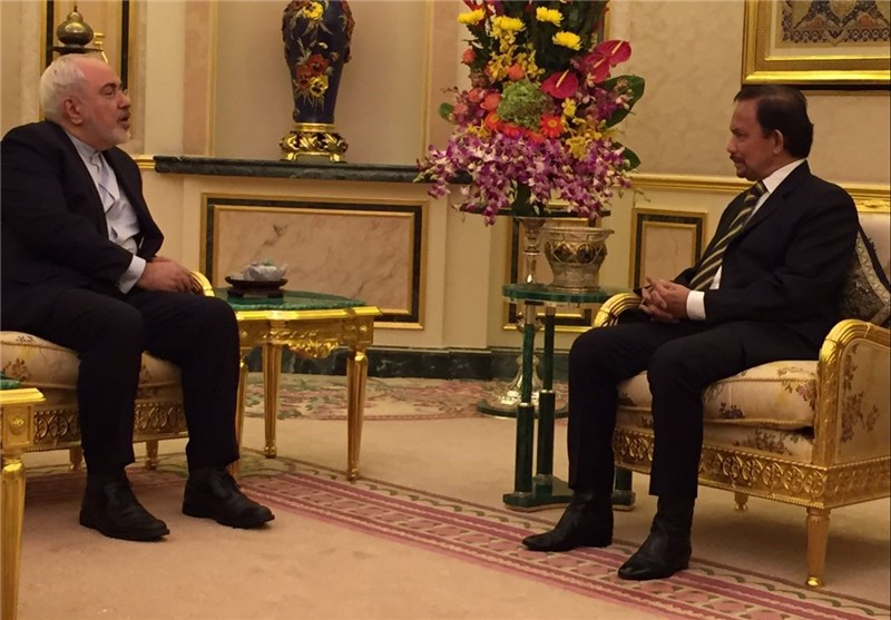Iran's Zarif, Brunei's King Meet in Bandar Seri Begawan