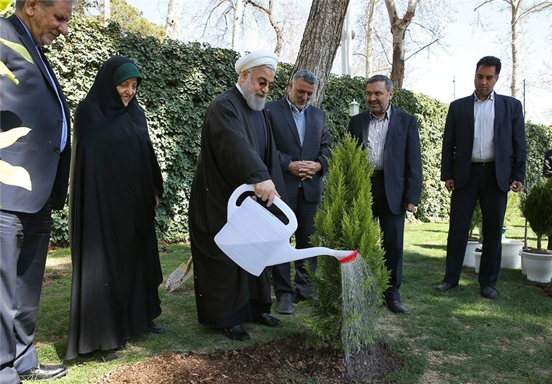 Iran's President Urges Action to Protect Environment