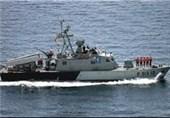 وزارت دفاع انبوهی از شناورهای تندرو عاشورا و ذوالفقار را به نیروی دریایی سپاه تحویل داد