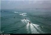 مراسم الحاق دهها فروند شناور تندرو به نیروی دریایی سپاه