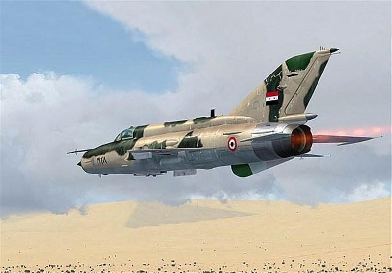 الجیش السوری یشن 150 غارة جویة على داعش فی تدمر ویستعد لبدء عملیة واسعة فی الجنوب