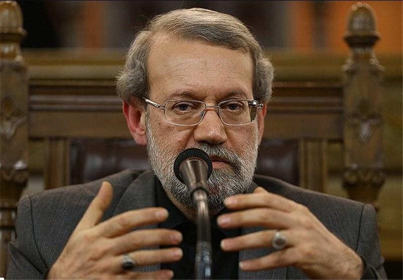 لاریجانی: استمرار الحظر الإقتصادی على ایران یعنی إنهاء الإتفاق النووی