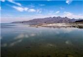 روند تغییرات تراز آب دریاچه ارومیه کاهشی شد/افت 12سانتیمتری تراز آب در یک سال اخیر + نمودار