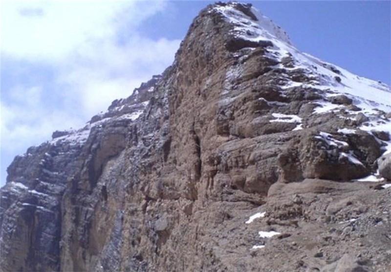 برای نخستین بار سنگهای دگرگونی کوهزایی زاگرس در شهرکرد کشف شد