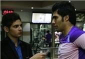 کمالوند و قلعهنویی رابطه صمیمی دارند /حسینی بامزهترین و بیمزهترین بازیکن تیم است!