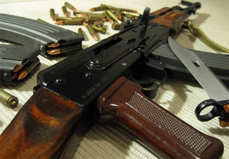 پاکستان تمام مجوزهای مربوط به سلاحهای خودکار را لغو میکند