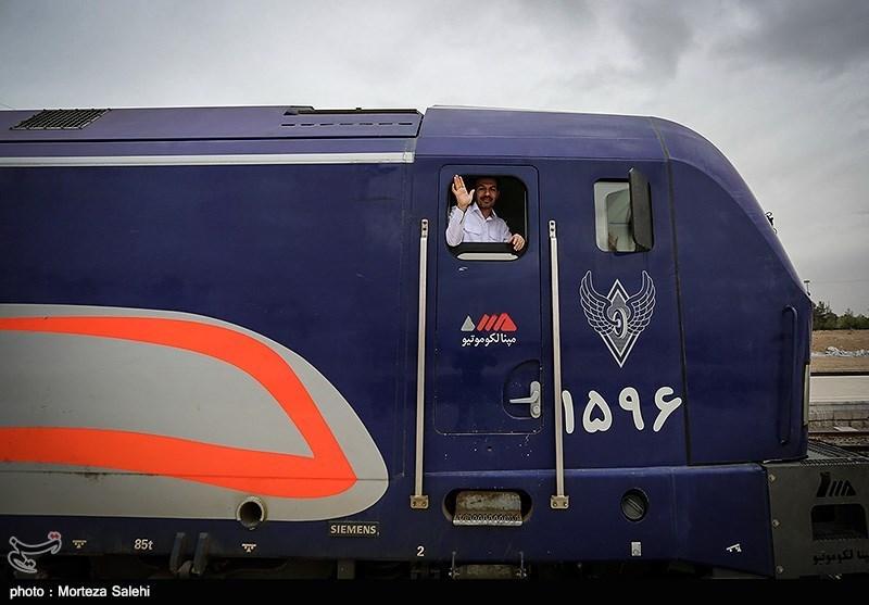 """İran, """"Herat-Khaf"""" Demiryolunun Üçüncü Aşamasını Hayata Geçirmeye Hazır"""