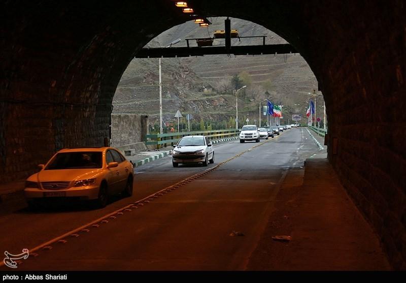 کرج -چالوس یکطرفه است/ ترافیک سنگین و روان در آزاد راه کرج قزوین