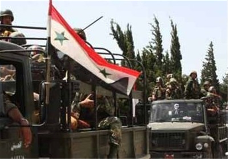 Syrian Army Battles Militants Near Aleppo, City Areas Shelled