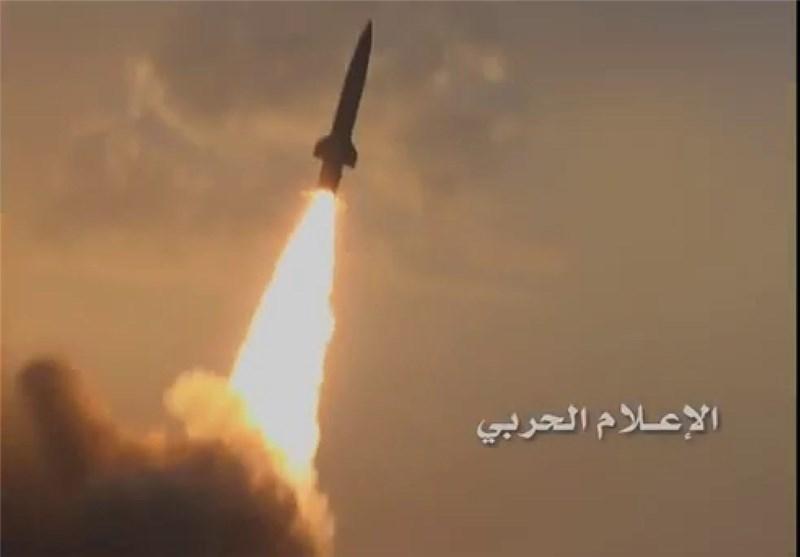 Yemen Ordusu, Suudi Askerlerin Toplanma Merkezinin Tuçka Füzesiyle Hedef Aldı
