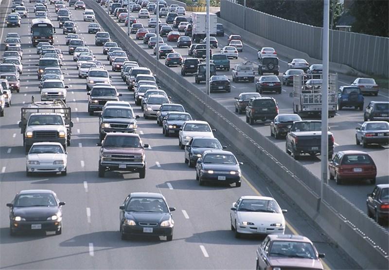 افزایش 29 درصدی تردد در محورهای مواصلاتی قم/ ورود بیش از 799 هزار خودرو در قم ثبت شد