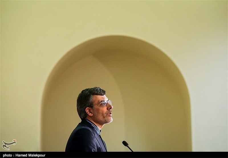 جابری انصاری: تواجد ایران فی سوریا لیس رهنا بموافقة أی من الاطراف