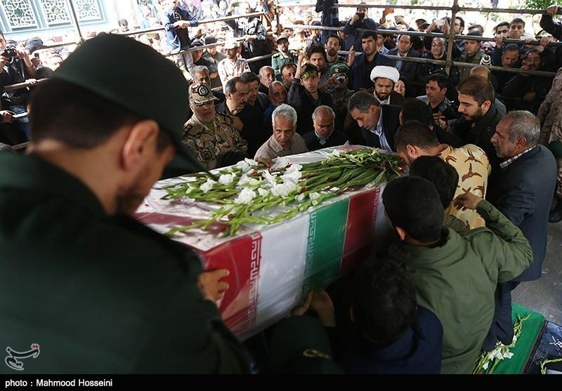 تشییع و تدفین پیکر شهید مجتبی یدالهی اولین شهید مدافع حرم ارتش درشهرستان شهریار