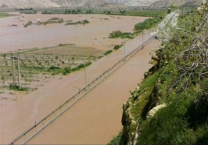 سیلاب 7میلیارد تومان به تأسیسات آب کوهدشت خسارت زد