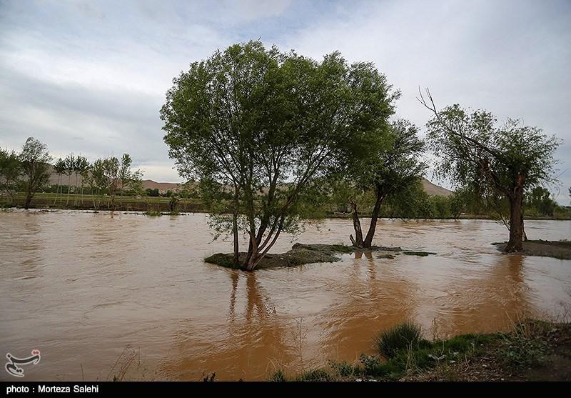 کارگروه تخصصی سیل و طغیان رودخانهها در شهرستان سربیشه برگزار شد