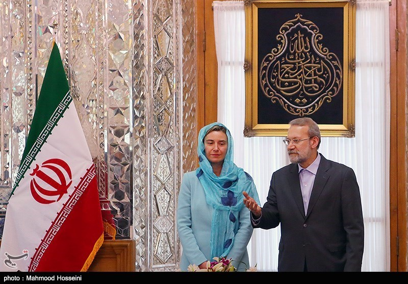 Larijani Urges Rapid Resolution of Iran's Banking Problems after Nuclear Deal