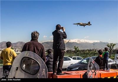 فرود هواپیمای صاعقه 1 در فرودگاه مهرآباد