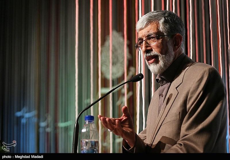 عزاداریها و نوحهخوانیها باید ملت ایران را در برابر ظلم جهانی آمادهتر کند