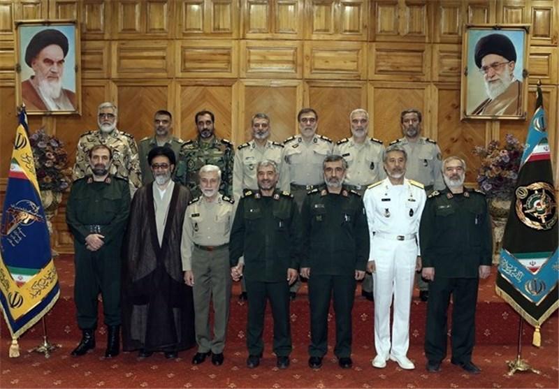 فرماندهان عالی رتبه ارتش و سپاه با یکدیگر دیدار و گفتوگو کردند+ تصاویر