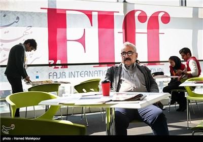 فرزاد مؤتمن در اولین روز سی و چهارمین جشنواره جهانی فیلم فجر