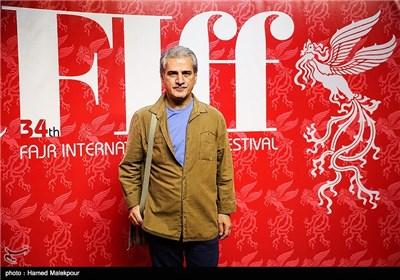 ناصر هاشمی بازیگر فیلم برادرم خسرو در سومین روز سی و چهارمین جشنواره جهانی فیلم فجر