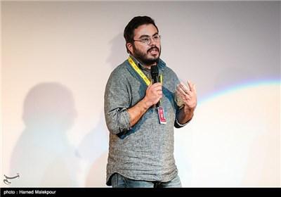 پوریا آذربایجانی کارگردان فیلم اروند در سومین روز سی و چهارمین جشنواره جهانی فیلم فجر