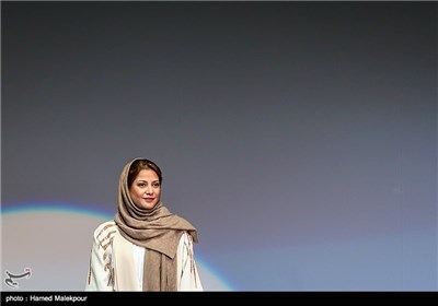 طناز طباطبایی بازیگر فیلم اروند در سومین روز سی و چهارمین جشنواره جهانی فیلم فجر
