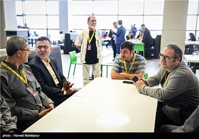 سیدرضا میرکریمی دبیر سی و چهارمین جشنواره جهانی فیلم فجر و حجتالله ایوبی رئیس سازمان سینمایی