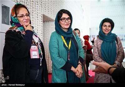 مرجان اشرفیزاده کارگردان فیلم آبجی در چهارمین روز سی و چهارمین جشنواره جهانی فیلم فجر