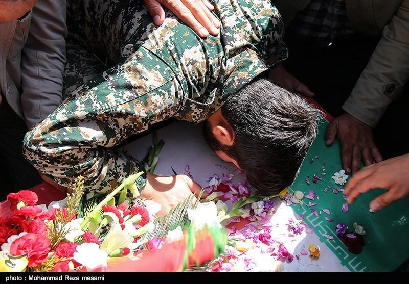 تشییع شهید مدافع حرم محمد حسین حمزه در سمنان