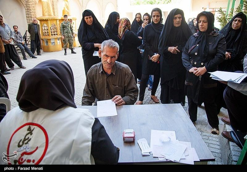 ویزیت رایگان مناطق محروم شهری توسط بسیج جامعه پزشکی کرمانشاه