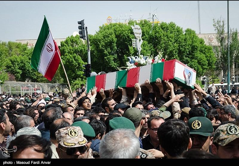 مراسم تشییع شهید مدافع حرم صداقت اکبری در تبریز
