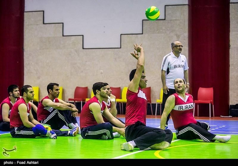 بازدید وزیر ورزش از اردوی تیمهای ملی والیبال نشسته و تیراندازی