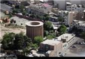 """خلیلآبادی: کج شدن """"برج طغرل"""" صحت ندارد"""
