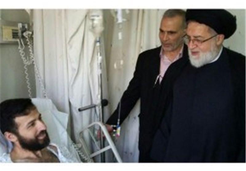 عیادت حجت الاسلام شهیدی از جانبازان مدافع حرم در لبنان
