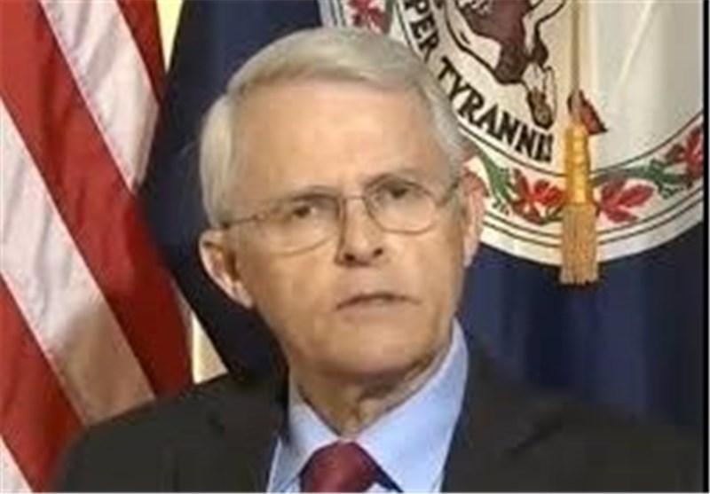 عضو سنای ویرجینیا: انگلیس در حال برنامهریزی برای حمله شیمیایی در سوریه است