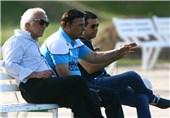 جلسه مظلومی با مشاور مدیرعامل باشگاه پس از پایان تمرین