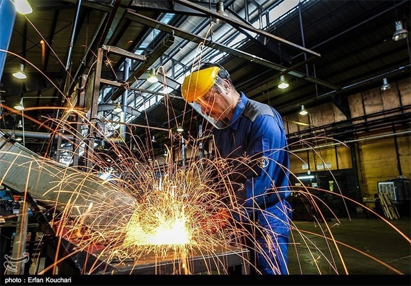 کارگر صنعت