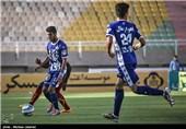 دیدار تیم های فوتبال استقلال اهواز و فولاد خوزستان