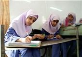 ماجرای قیچی کردن موی دختر دانشآموز؛ معاون پرورشی تعلیق شد