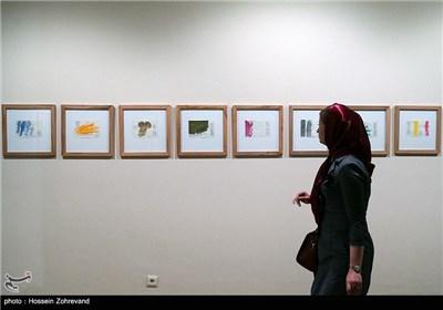 نمایشگاه آثار نقاشی گونتر اوکر در موزه امام علی (ع)