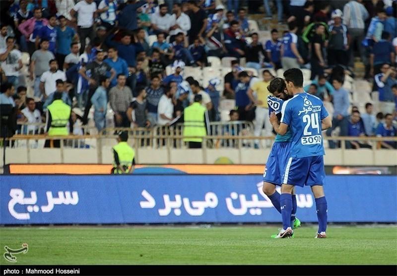 امین حاج محمدی و استقلال