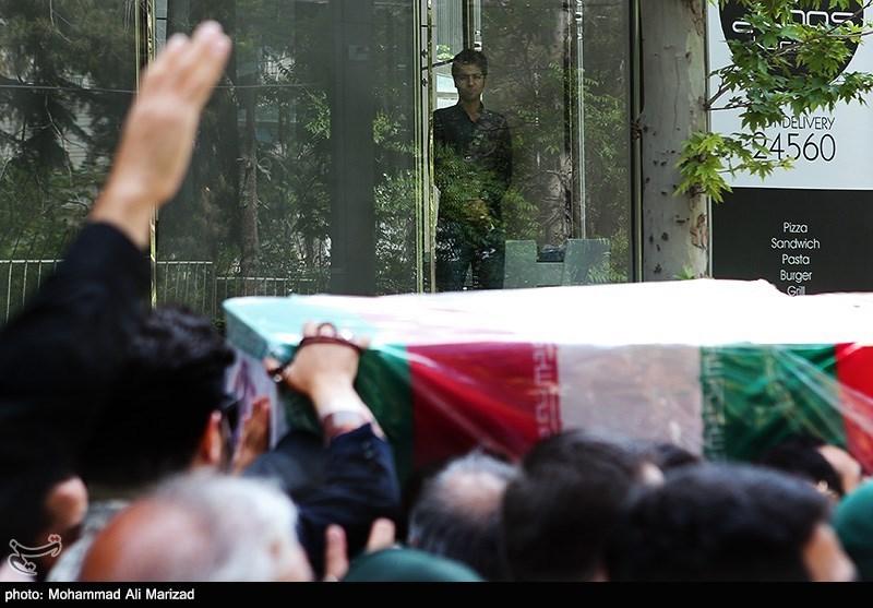 مراسم تشییع پیکر شهید دریادار پاسدار محمد ناظری