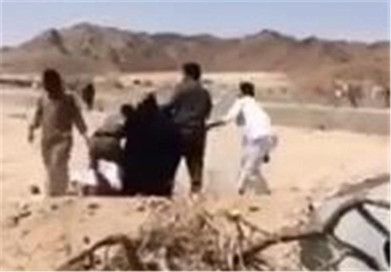 سلطات آل سعود تزیل قریة أخرى فی مکة وتعتدی على المواطنین فیها بالضرب + فیدیو
