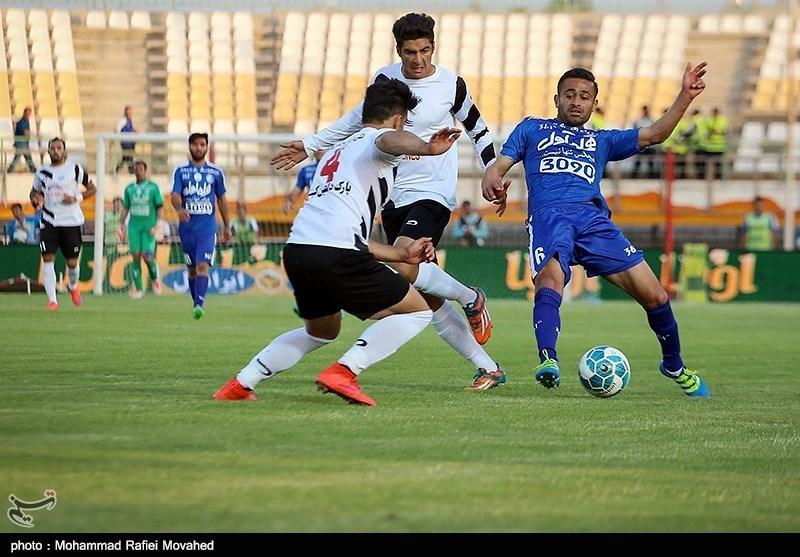 دیدار تیم های فوتبال صبا و استقلال