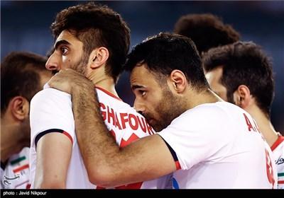مباراة ودیة للمنتخب الإیرانی للکرة الطائرة امام نظیره الفرنسی